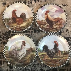 4 Rooster decorative plates great condition